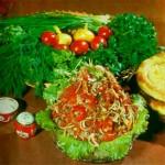 Salat iz kuritsyi po ohotnichi 150x150 Салат из куриной грудки по охотничьи