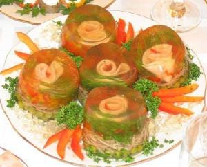 Zakuska iz pomidorov v zhele 300x243 Закуска из помидоров в желе
