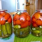 Ovoshhnoe assorti iz pomidorov i ogurtsov 150x150 Овощное ассорти из помидоров и огурцов