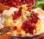 Salat iz klyukvyi i seldereya 150x132 Салат из клюквы и сельдерея
