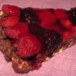Byistryiy tort s shokoladom hlopyami i yagodami 150x150 Быстрый торт с шоколадом, хлопьями и ягодами