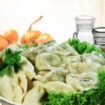 Pelmeni sibirskie s chesnokom iz myasnogo assorti 150x150 Пельмени сибирские с чесноком из мясного ассорти