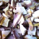 Salat s osetrinoy yablokom i ananasom 150x150 Салат с осетриной, яблоком и ананасом
