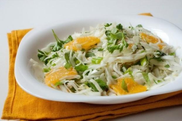 Salat kapustnyiy s yablokom i apelsinom Салат грейпфрутовый