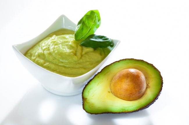 Retseptyi prigotovleniya guakamole Сёмга в соусе из зеленого авокадо и сливок