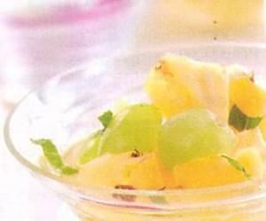 Salat iz ananasov s vinogradom Салаты цитрусо фруктовые для года Козы