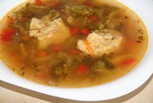 Domashniy kurinyiy supchik s brokkoli i tomatami Бульон рыбный (главный рецепт)
