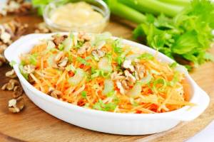 Salat   Pikantnyiy   Грибной винегрет с краснокочанной капустой