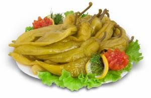 Marinovannyiy ostryiy perchik s travami Порошок Чили из острого перца