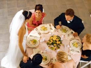 Malenkaya svadba v krugu semi Только через десять лет бывает