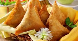 Samosa Индийские лепешки Чапати