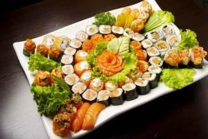Dostavka sushi kak vozmozhnost se`konomit svoyo vremya i dengi Доставка суши для истинных гурманов