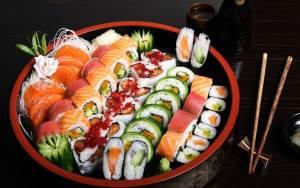 Sushi     dlya tseniteley vkusnoy edyi Посуда для суши   важная часть презентации блюда