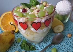 Salat   Fruktovyiy   s yogurtom Салат «Фрукты в твороге»