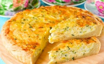 Ryibnyiy pirog s syirom i zelenyim lukom Рыбный пирог с сыром и зеленым луком