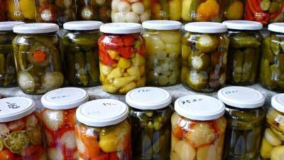 Zagotovka svezhih ovoshhey i fruktov na zimu Заготовка свежих овощей и фруктов на зиму