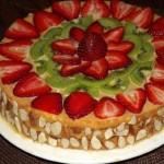 Fruktovo yagodnyiy tort    Strelyi Amura   150x150 Торт Новогодний сникерс