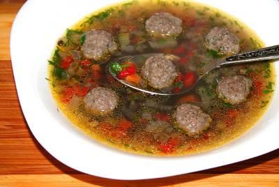 Sup iz chechevitsyi govyadinyi i svininyi Суп из чечевицы, говядины и свинины