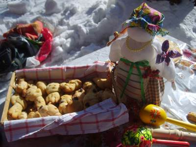 Vesenniy prazdnik u slavyan     ZHavoronki ili Soroki Весенний праздник у славян – Жаворонки или Сороки