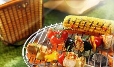 Kak pravilno pitatsya na piknike Как правильно питаться на пикнике