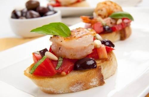 Buterbrodyi Morskie goryachie s krevetkami Бутерброды Морские горячие с креветками
