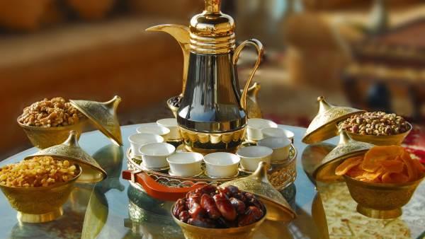 Kak podat chay Как подать чай