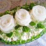 Salat    Belyie rozyi    150x150 Салат слоеный с курицей и грибами Упоение