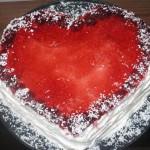 Tort   Lyubyashhee serdtse   150x150 Торт «Снежные хлопья» с брусникой