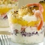Salat assorti s chishhennyimi krevetkami rezannyimi ananasa i syira 150x150 Тропический салат по еврейски