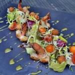 Salat iz krevetki fizalisa i sharikov iz testa 150x150 Старинная солянка из осетра и головизны
